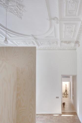 archistory-Архитекторы бюро Šarkauskai перестраивают квартиру 19 века в Вильнюсе00006