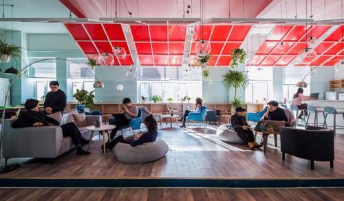 archistory-Офисе в котором можно отдохнуть, побегать или вырастить цветы00012