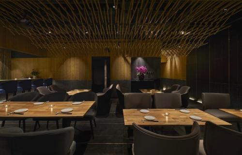 archistory-Японские архитекторы создали бамбуковую рощу внутри Пекинского ресторана00008