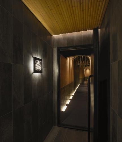 archistory-Японские архитекторы создали бамбуковую рощу внутри Пекинского ресторана00013